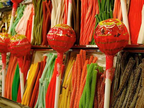 Licorice_lollipops_2