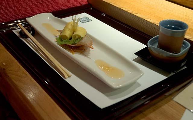 Omelet_stuffed_crab