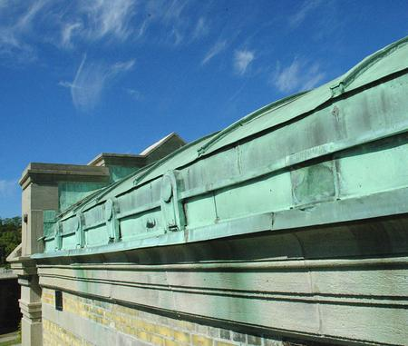 pump_house_roof_2