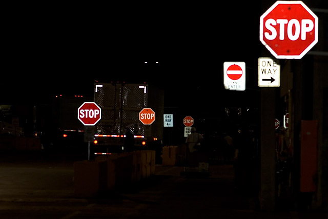 Stop_one_way